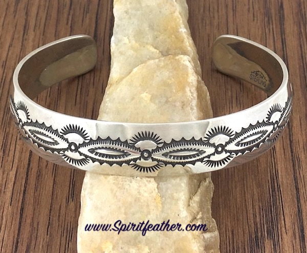 Sterling Silver Cuff Bracelet Scallop - Large size