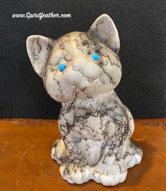 Horse hair sitting cat pottery