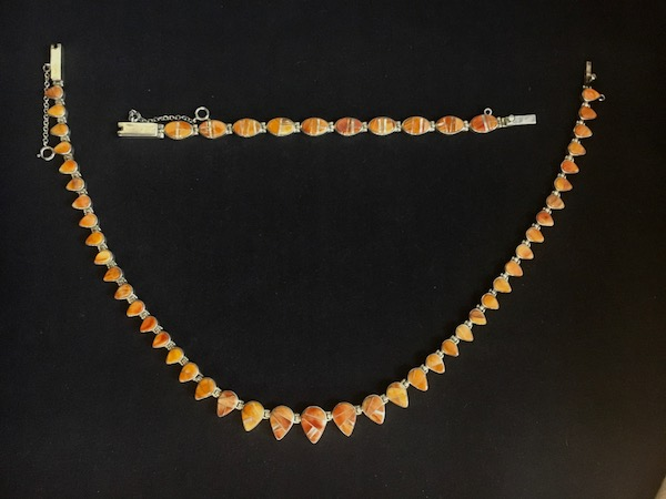 Spiny Oyster Finest Inlay Necklace Signed by Calvin Begay SUPER SALE along with Link Bracelet