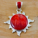 Gorgeous Bright Red Large Spiny Oyster Sun Pendant